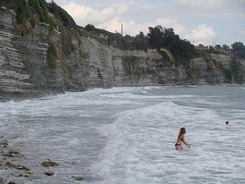 На геленджикской круче в Чёрном море